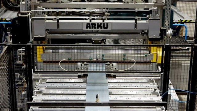 Maschinen verarbeiten Material