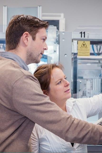 Produktionsanlagen Projektmitarbeiterin CIBA VISION
