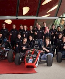 Das Formula Student Team Wob-Racing.